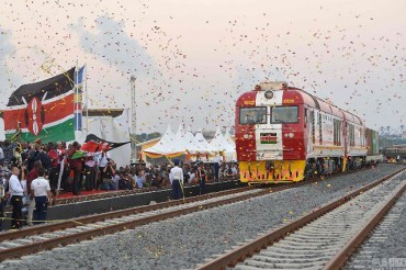 China to support Kenya in building an industrial belt along railway